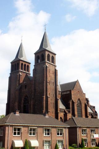 ArnhemWalburgis-kerk01