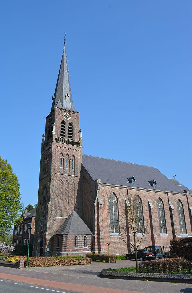 BergeijkLoo-kerk05