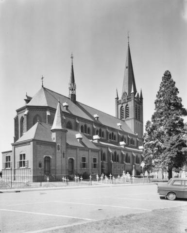 Beuningen-2-kerk02