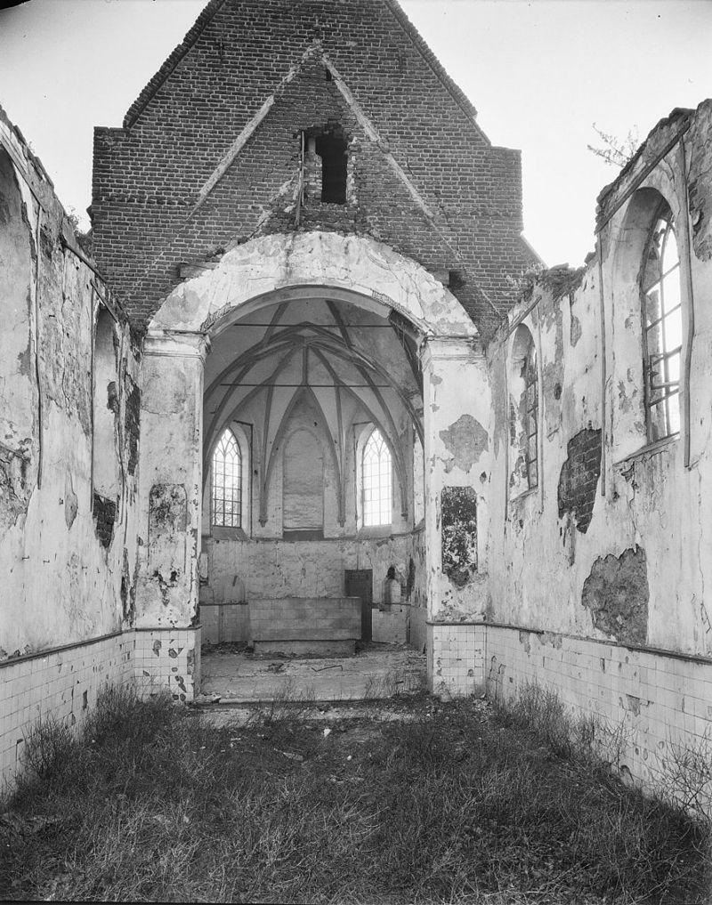Dennenburg-kerk01