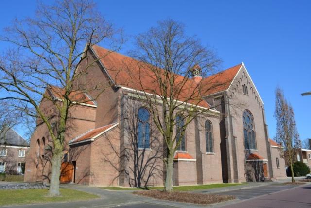 Ewijk-kerk01