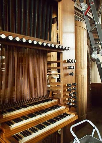 Grave-orgel06