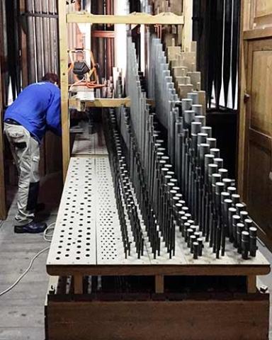 Grave-orgel07