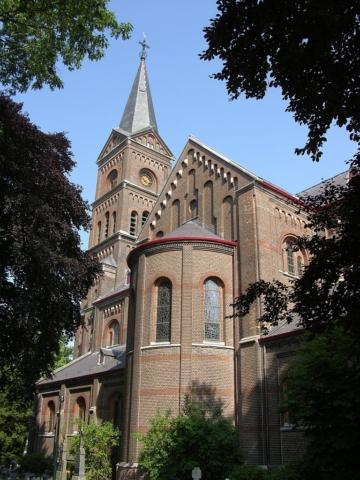Hernen-kerk05