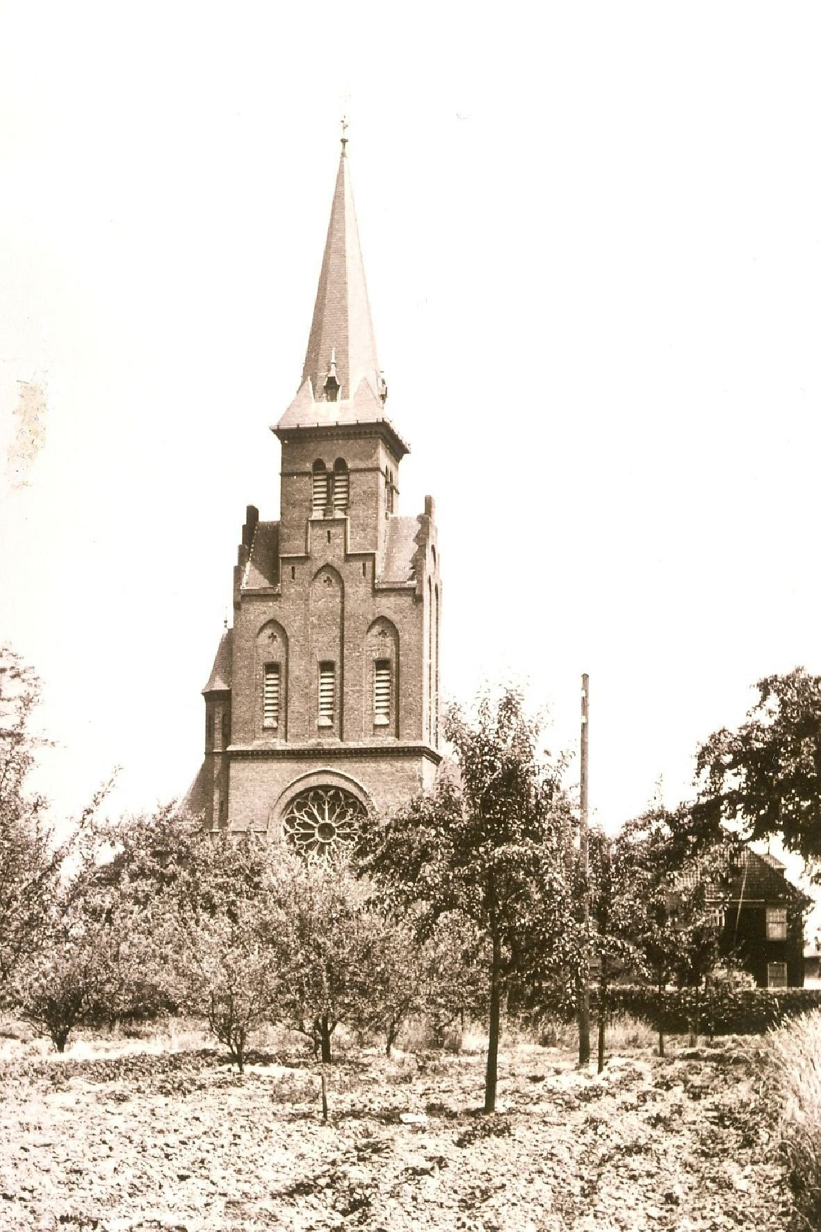 Herveld-kerk04