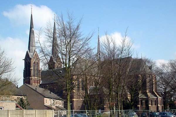 Kaatsheuvel-kerk01