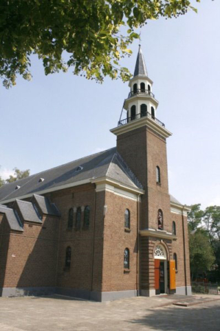 Loenen-kerk02