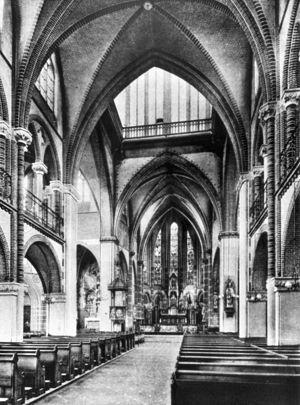 Nijmegen-Augustinuskerk-kerk07