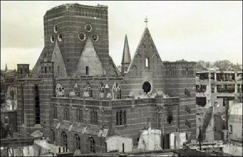 Nijmegen-Augustinuskerk-kerk08