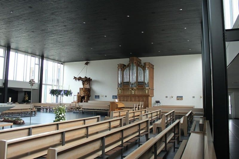 Roelofarendsveen-orgel01