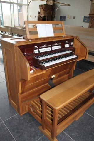 Roelofarendsveen-orgel04