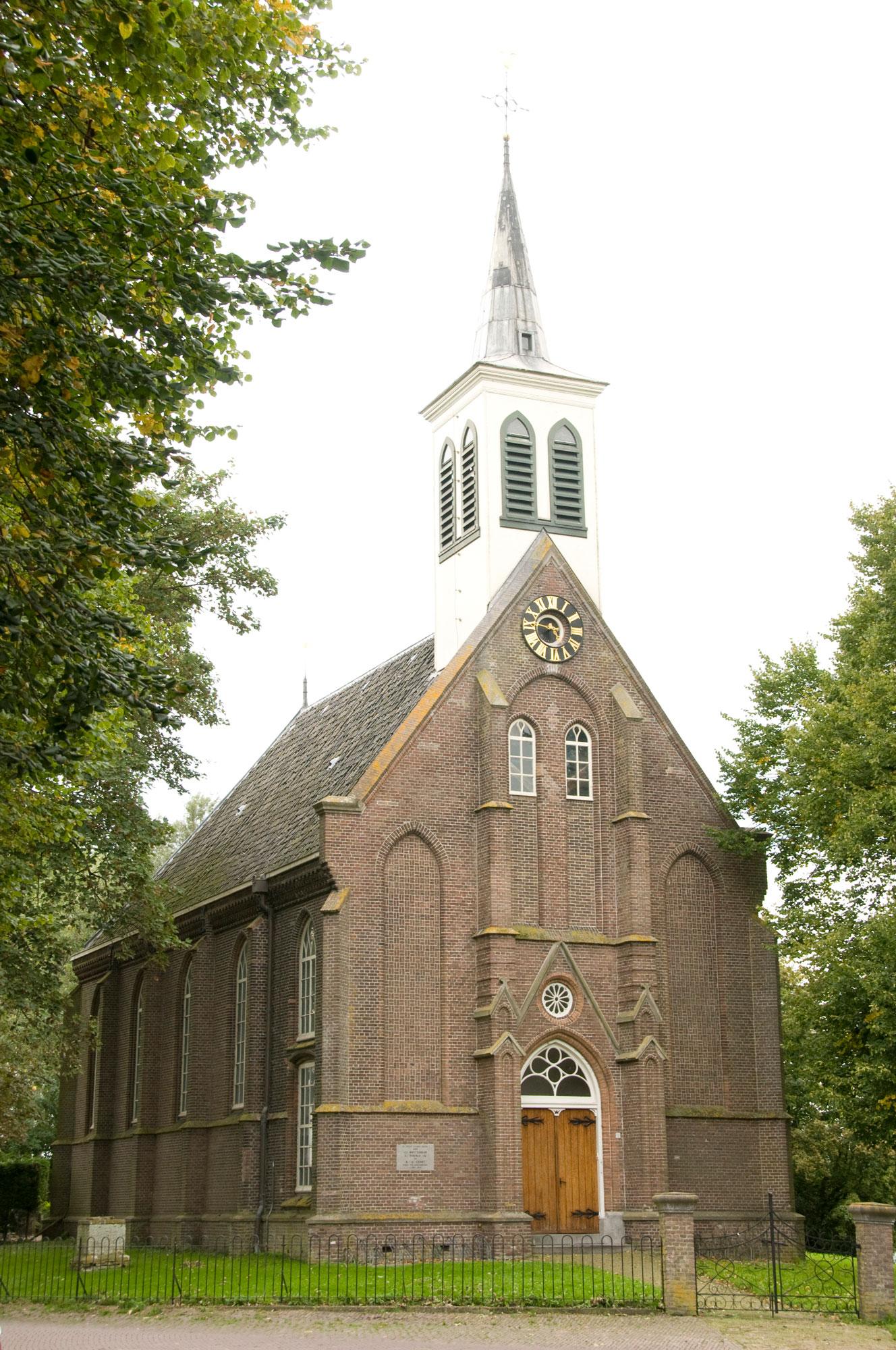 Zuiderwoude-kerk01